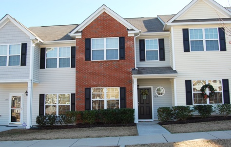 3274 Warm Springs Ln, Raleigh, NC