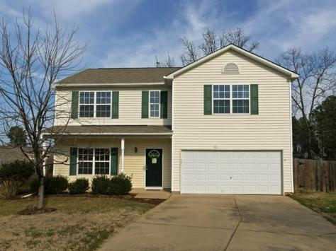 108 Wyeth Meadows Ln, Holly Springs, NC