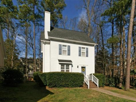 322 Wax Myrtle Ct, Cary, NC