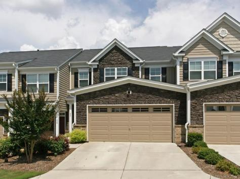 627 Grace Hodge Dr, Cary